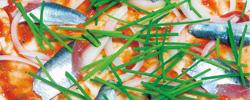 【地方発・米と魚の新ビジネス】米粉パンに挟む、乗せる