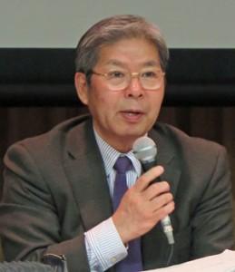 会議後報道陣の質問に答え「コントロールは可能」と語る平田座長