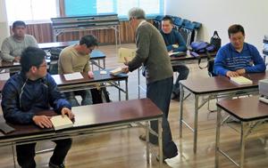 開講式直後から機関クラスの講義が始まった