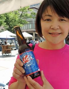 「銚子ビール」をPRする佐久間代表