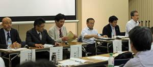 総合討論では会場の生産者からも多くの意見が出た