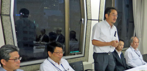 水産庁の新旧幹部が出席し、懇親を深めた