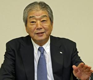 「90年、100年と続くよう事業を進めたい」と語る今井賢司社長
