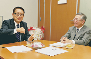 水産業の成長産業化について語り合う江島部会長と白須会長