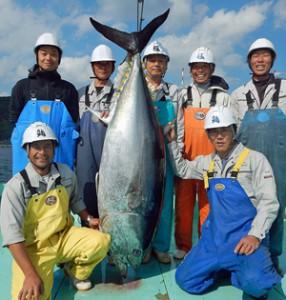 出荷が始まった極洋の完全養殖マグロ「本鮪の極 つなぐ〈TUNAGU〉」