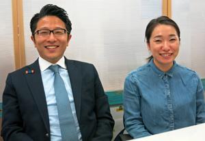 「対ひとり晩酌訓練用イセエビ」を企画開発した京谷部長(左)と上ケ嶋さん